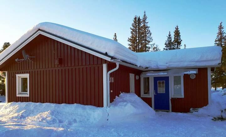 Strandnära boende i Jukkasjärvi