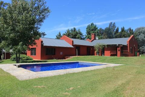La Retobada, COUNTRY HOUSE