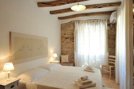 Dommu Romantica