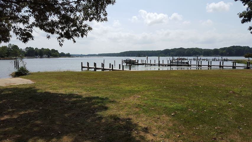 Get Away to Tranquility! - Newburg - Holiday home