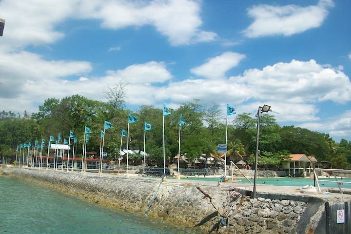 Clean, spacious Cozy - Island Garden City of Samal - Ubytovna