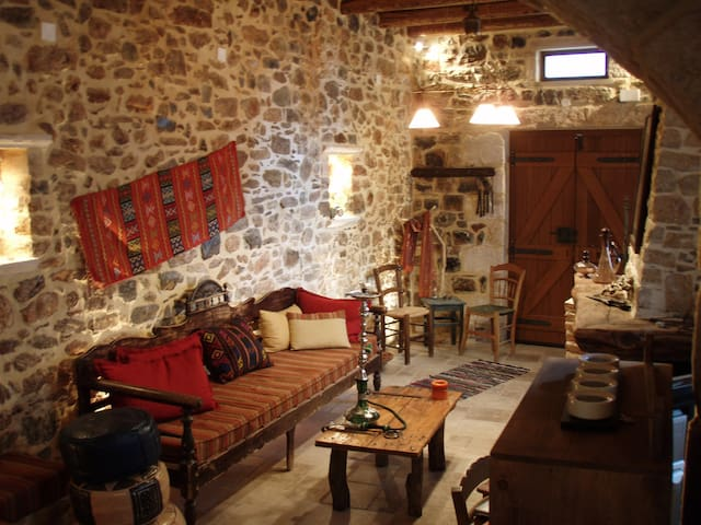 Traditional Cretan House in Kastelli Pediados - Iraklio - Rumah