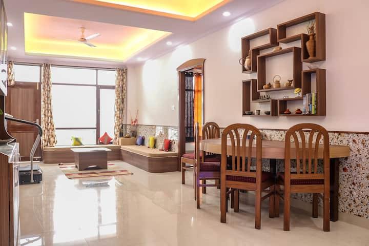 Sai service apartment with parking