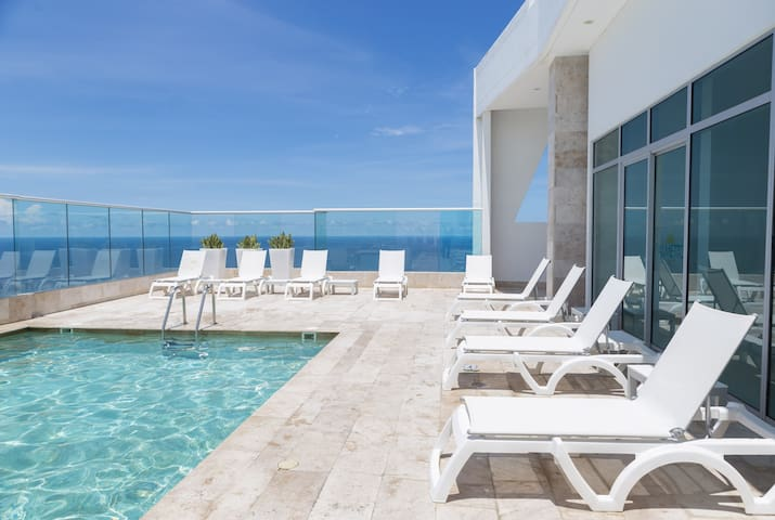 Charming Sunset View Apartment, Palmetto Sunset