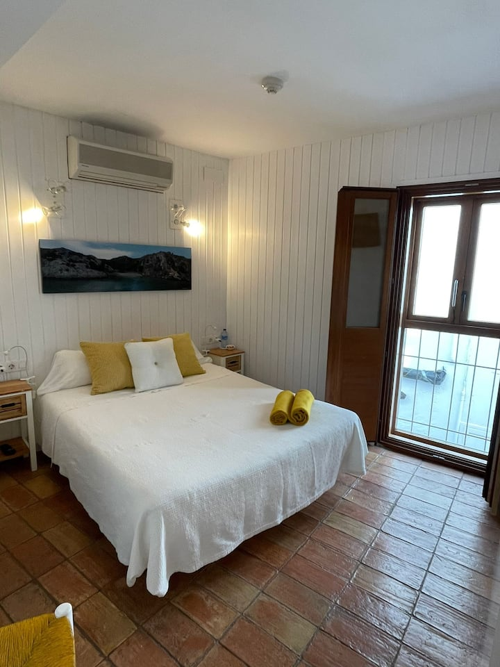 Charming double room in the center of Cadaqués