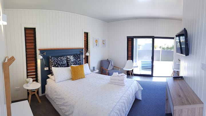 Admiral Waters - Waterfront Accommodation UNIT 1