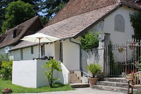 Terrace  Cottage at Domaine Lavie - Salies-de-Béarn
