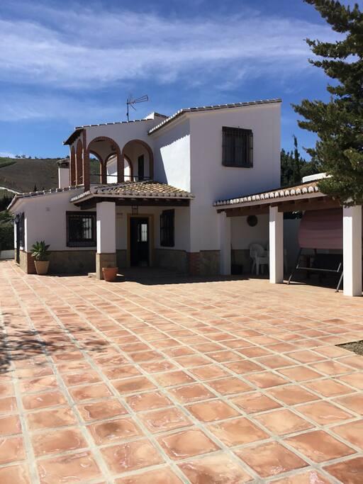 Conmdem laga balc n de iznate houses for rent in iznate - Casa rural iznate ...