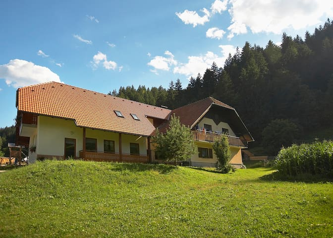Farm Stay Loger - Triple Room with Balcony