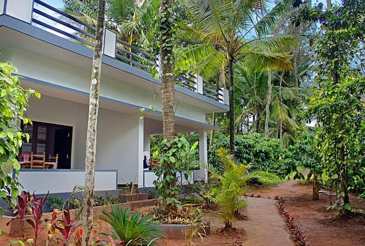Holidayincoorg Nature's Craft Estate stay
