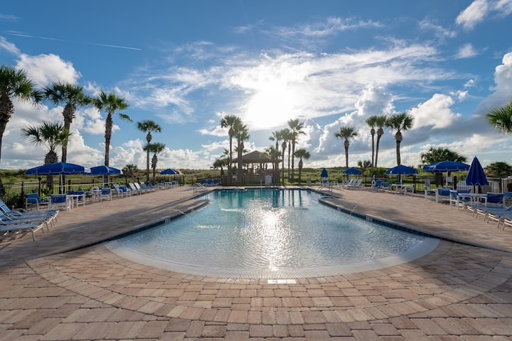 Ocean Villas 11: Remodeled 2 bedroom ocean view condo - Gated, 2 Pools, Beach Access and lowered Rates!