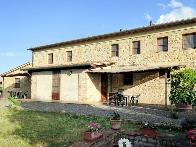 Apartment Podere Le Colmate for 3 persons