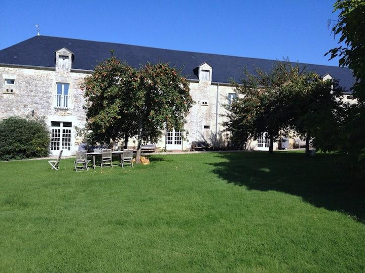 Demeure du 17ème siècle : Gîte 160 m2,  la Grange
