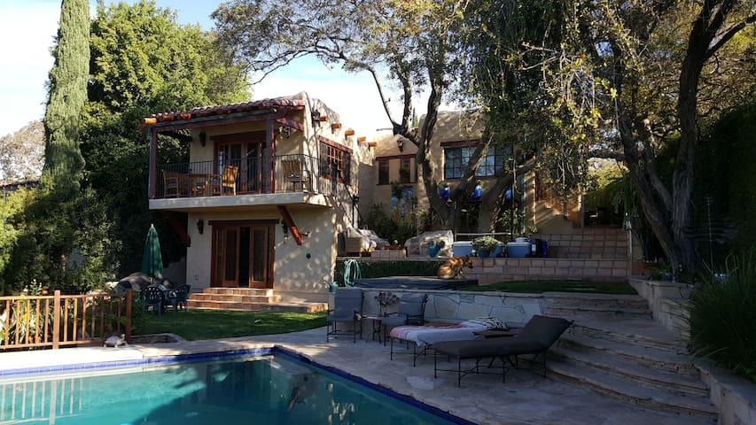 Dillon Street Santa Fe Pool Home - Los Angeles - House