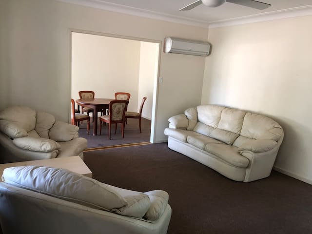 Nirup's spacious home in the heart of Cessnock