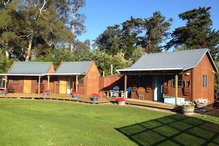 Rural Cabins - get away to Tolaga Bay