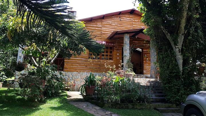 Tulapa, Apaneca, Preciosa Cabaña en La naturaleza.