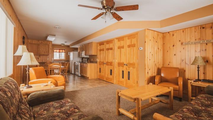 Rustic Rush Lake Condo- Shady Grove Resort Unit 15