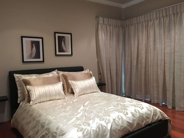 Double size guest bedroom - Winthrop - Casa