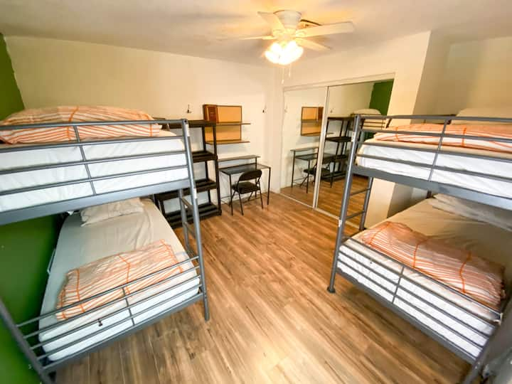 Bed in 4 Bed Female Dorm at ITH Colive Balboa Park