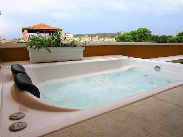 Penthouse Las Bovedas With Personal Jacuzzi