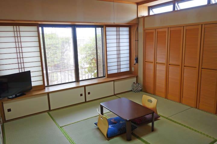 6歳まで無料!赤ちゃんや子連れのご家族大歓迎の宿です。清掃料サービス料込のお値段!日本語での対応 - Nago-shi - Casa