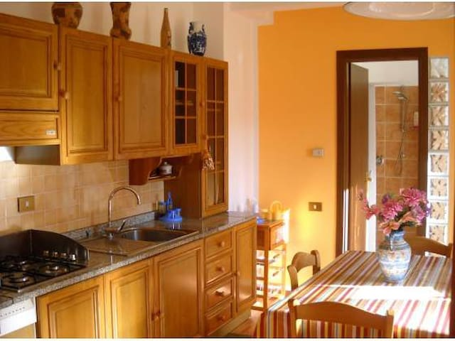 CasaVacanza Giorno&Notte 4 posti - Colleferro - Apartament