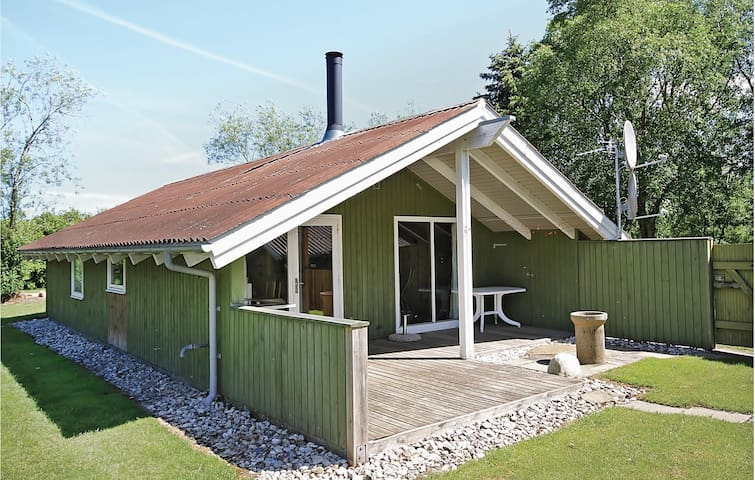 Holiday cottage with 3 bedrooms on 63m² in Hemmet