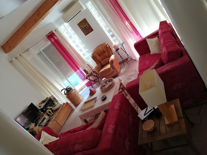 Chambre  avec sa SdB+WC privés @Mauguio  Occitanie