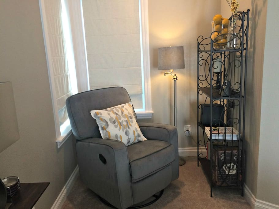 Reading nook in upstairs master