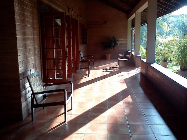 Cozy Spacious House Close to Town - Kalutara - House