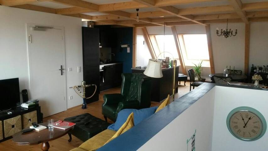 Schönes Zimmer in Leipzig-Plagwitz - Leipzig - Apartment