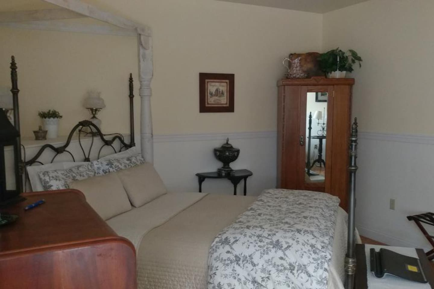 View of room from loveseat.