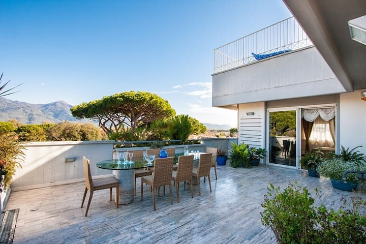 Attico 5 /6 pax · Luxury penthouse with sea and mountain views