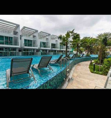 Best price with best quality(New condo)