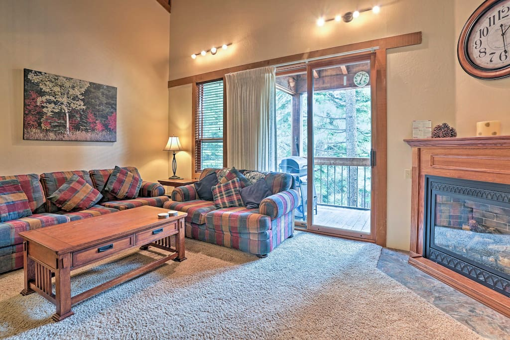 This home boasts 1,332 square feet and sleeps 8 with room for 2 more.