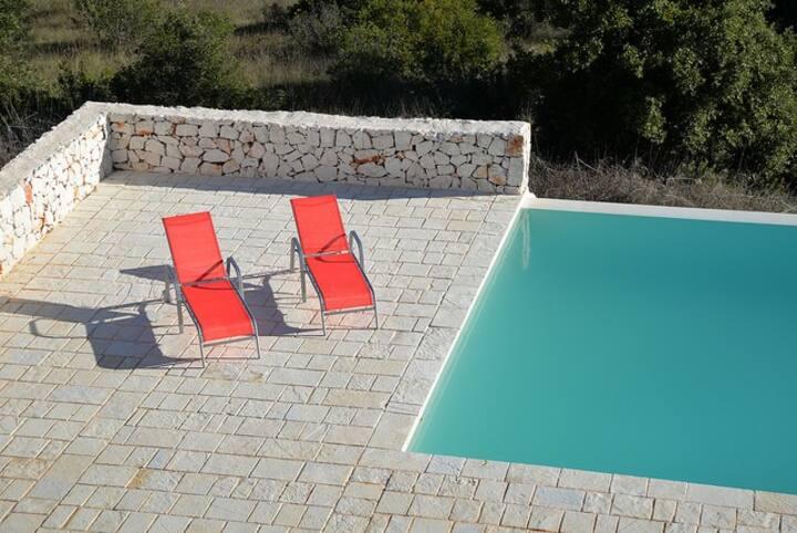 Casa Lamia luxury villa, pool & aircon nr Ostuni