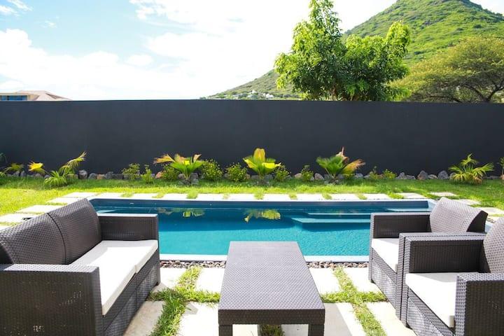 Private Villa for 4 in Tamarin