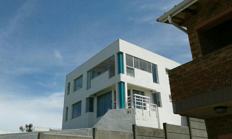 House with 180 degrees Seaview.