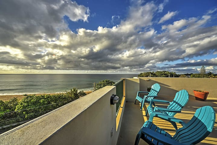 Luxury Oceanfront Arecibo Condo w/ Rooftop Deck!