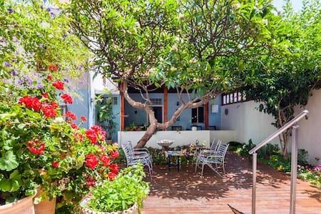 Secret Garden House in Jaffa/Tel Aviv