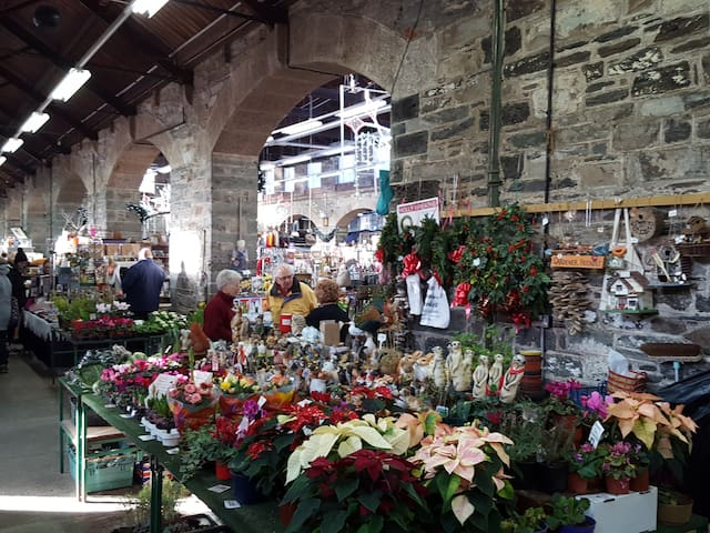 Tavistock has a wonderful Pannier Market as well as many independent fashion shops and retailers - including a jigsaw shop!