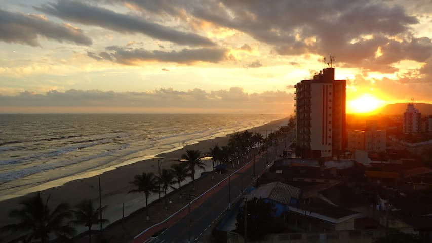 Relax and enjoy this view (Only 50 minutes SP) - Mongaguá - Appartement