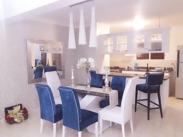 Hermoso apartamento moderno en Santo Domingo Este