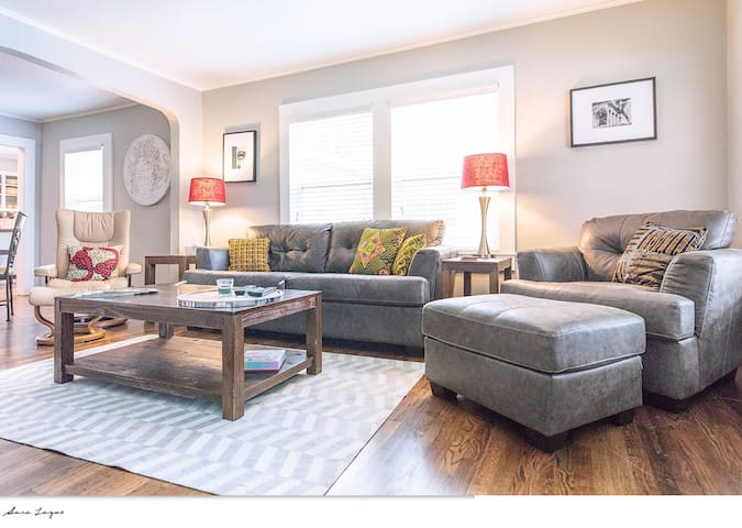 Living Room/Sleeper Sofa