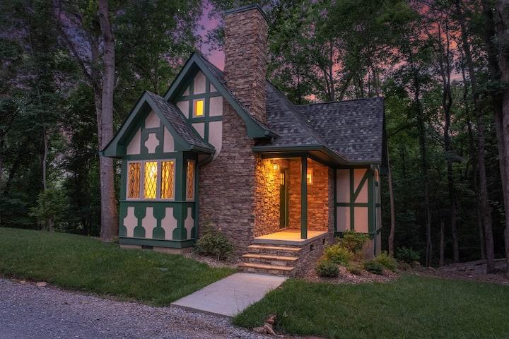 Gardens in the Gorge Cottage: Gretchen