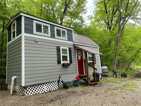 "Tiny House ""Courtney's Cottage"" near Leavenworth"