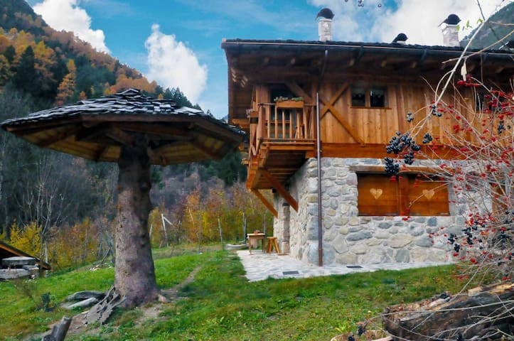 Chalet a Livo per 4 persone ID 238 - Cis - Pis