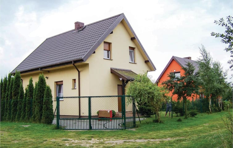 Semi-Detached with 2 bedrooms on 60m² in Nowecin