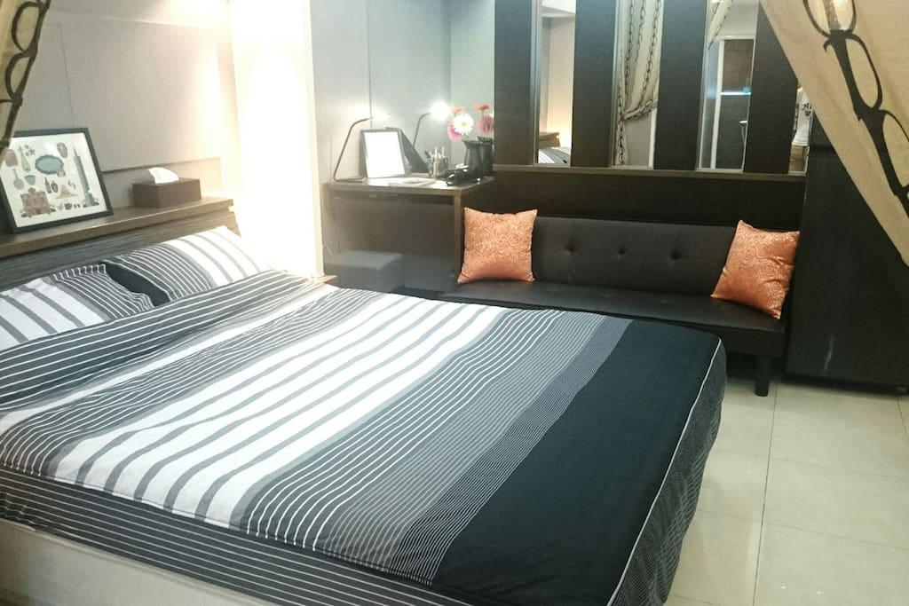 舒適的臥室(加大雙人床)